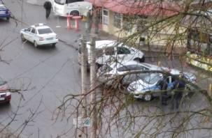 «В брониках и с автоматами». В Смоленске дежурят вооруженные экипажи полиции