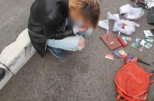 Смоляне активнее стали сообщать о наркоторговцах