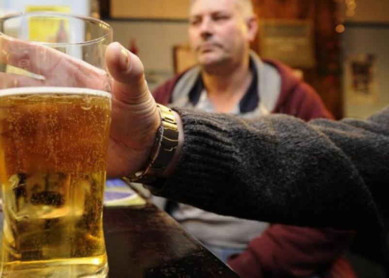 Россиянка добилась закрытия магазина пива в жилом доме