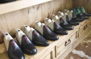 Смолянку отправили на обувную фабрику отрабатывать долги по алиментам