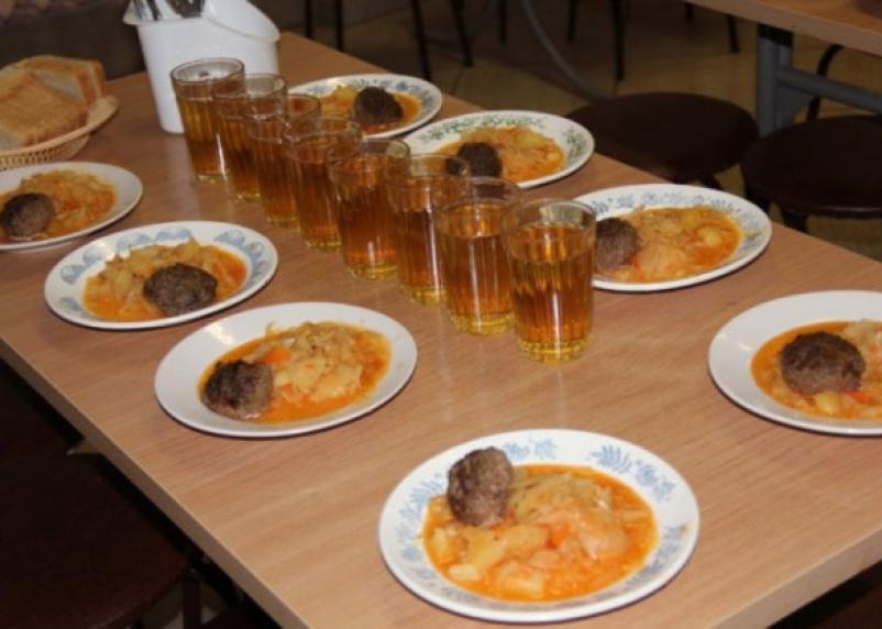 Стала известна стоимость школьных завтраков в Смоленске