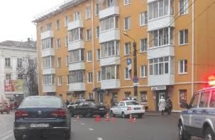 Смолянка хотела перебежать дорогу в центре города, но не успела