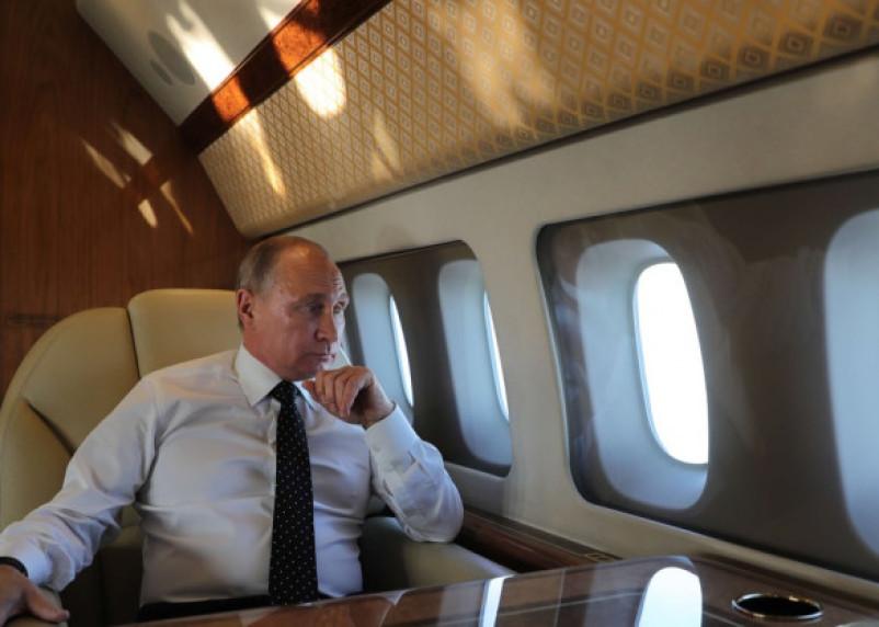 Владимир Путин побывал над территорией Смоленской области