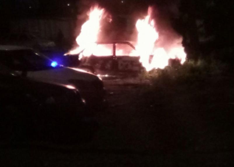 В Смоленской области ночью сгорела легковушка