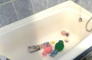«Помогите!» Смолянка с маленьким ребёнком осталась без воды