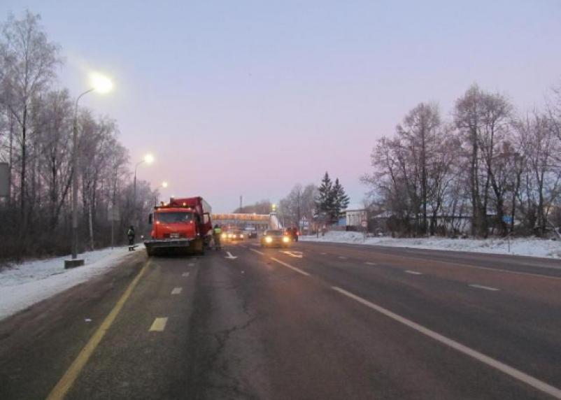 В Смоленской области водитель фуры «догнал» Камаз