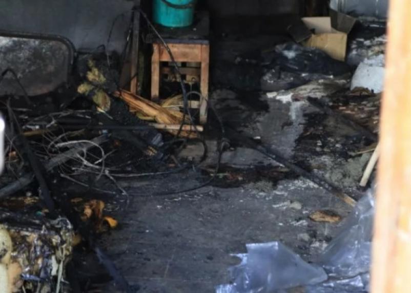 В Смоленске ночью сгорела квартира