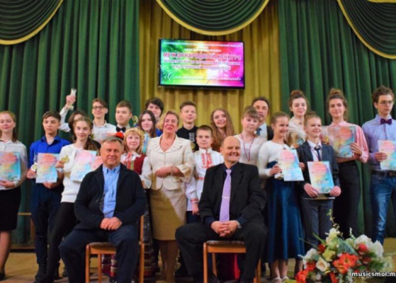 Исполнители из России и Беларуси приняли участие в конкурсе «Смоленский бриллиант»