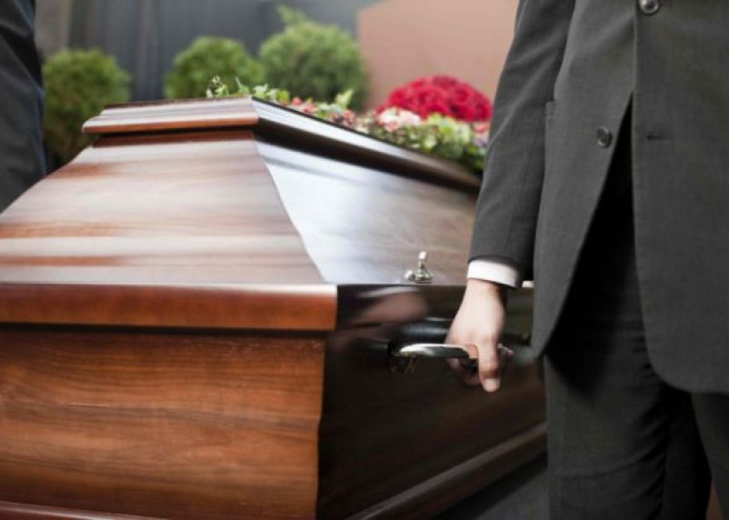 Россияне будут платить налог на свои похороны