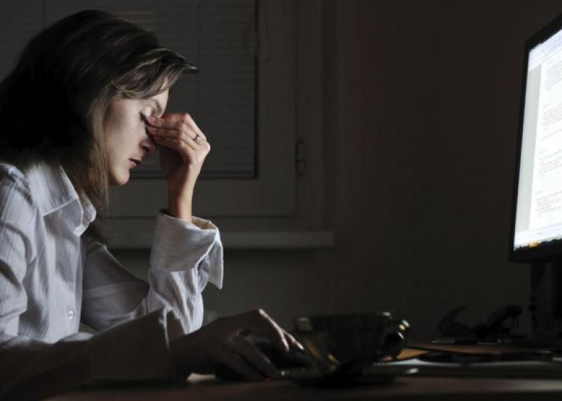 Медики назвали, к каким серьезным заболеваниям приводят ночные смены на работе