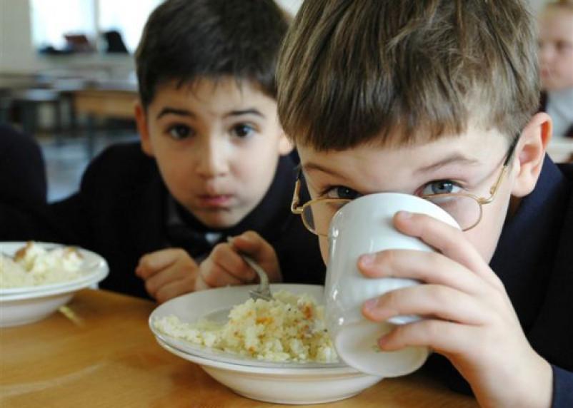 Система питания в школах имеет проблемы, показал опрос