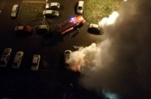 Рано утром в Смоленске горели иномарки