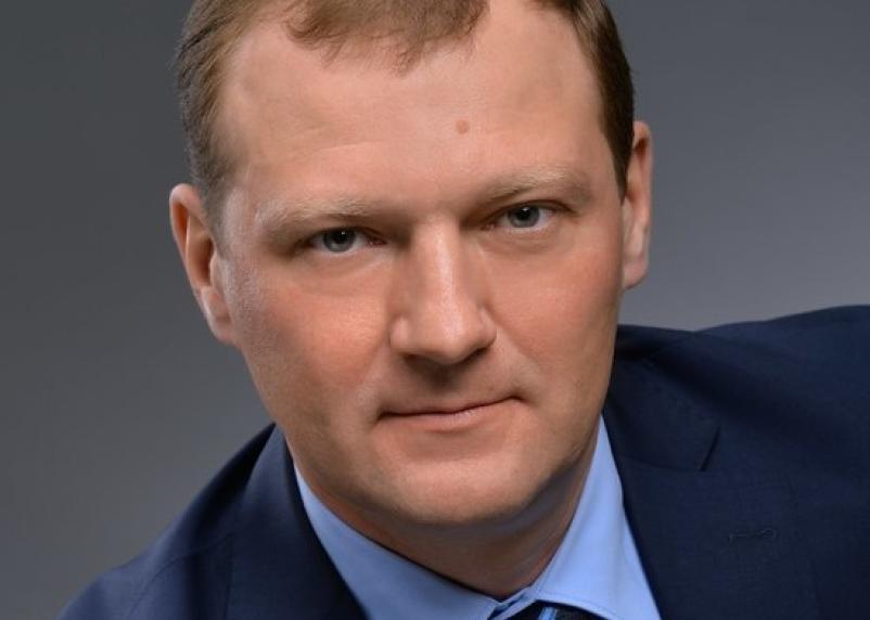 Кто еще добьет «Единую Россию»? Омский депутат не желает кормить многодетные семьи