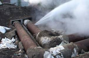 В Смоленске учатся ликвидировать коммунальные аварии. А в школах и садах по-прежнему нет отопления