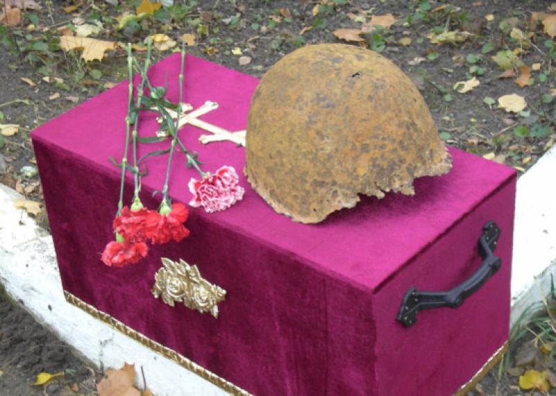 Пункта «захоронение останков» нет. Погибшего на Смоленщине ивановского бойца не хотят принимать на родине