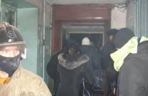В Смоленской области жильцов многоэтажки эвакуировали из-за короткого замыкания