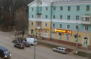 Очевидцы: В Сафонове погиб водитель
