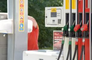АЗС начали тайно повышать цены на топливо для компаний