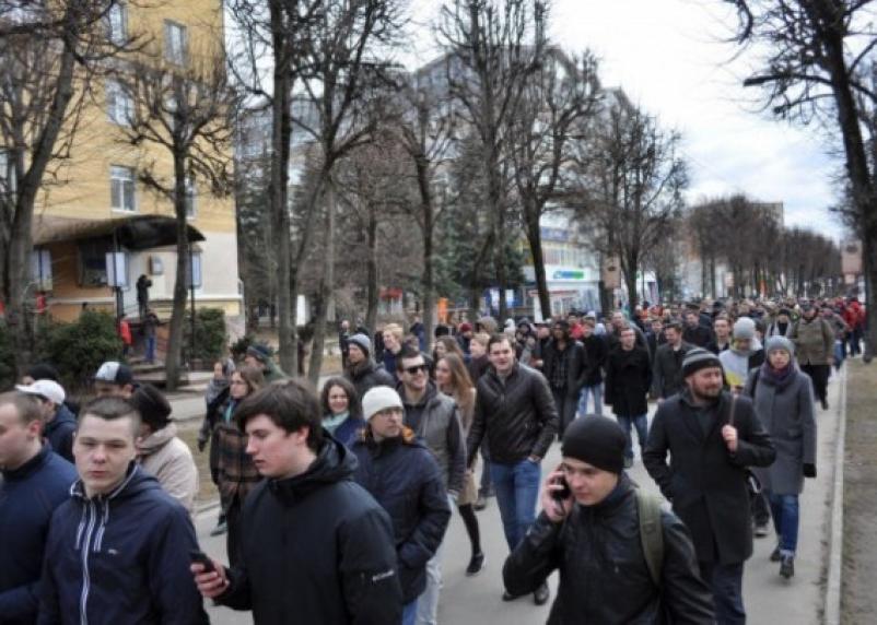 Несовершеннолетних нельзя будет вовлекать в несанкционированные митинги