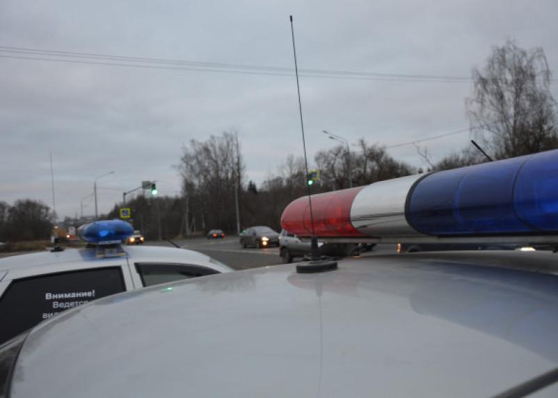 Авто врезалось в световую опору. Смолянка погибла в аварии в Хиславичском районе
