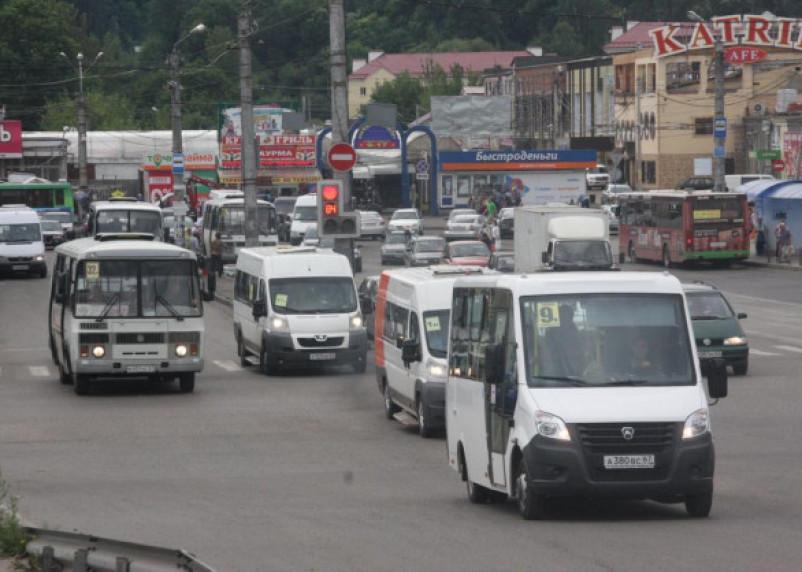 Пассажирские перевозки в Смоленской области не достигают допандемийного уровня