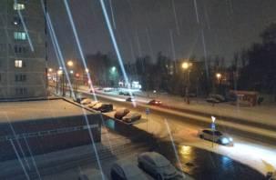 Мокрый снег и ветер. Смолян предупреждают о гололедице на дорогах