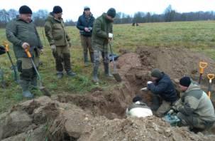 Смоленский фермер выгнал поисковиков со своей земли