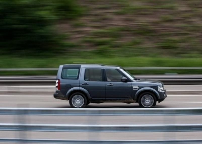 Чиновников обяжут указывать в декларациях автомобили в личном пользовании