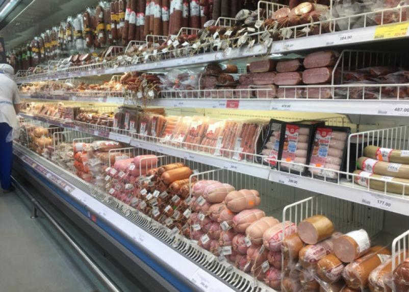 Роскачество обнаружило в «Брауншвейгской» колбасе ДНК лошади и кукурузы