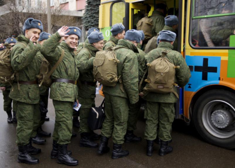 В Смоленской области стартовал весенний призыв на военную службу