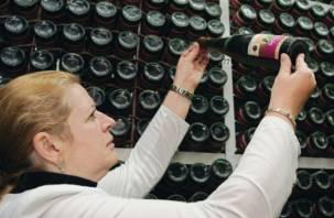 Чиновники будут штрафовать магазины за контрафактный алкоголь