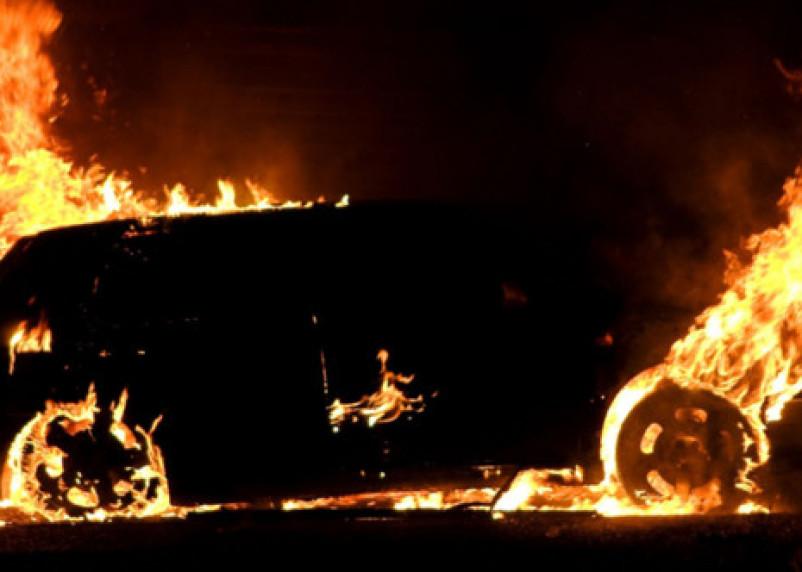 В Руднянском районе сгорел УАЗ