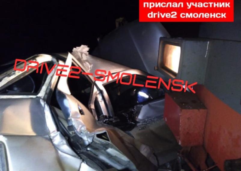 Появились фото и подробности ДТП на ж/д переезде в Смоленской области