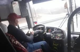 В РФ водителям автобусов запретят находиться за рулем более 9 часов