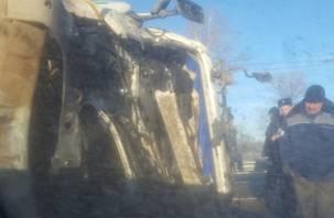 В Смоленской области произошла жесткая авария: лесовоз столкнулся с трактором