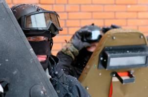 Росгвардия проверяет охранников в школах