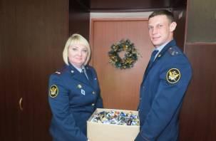 Сотрудники смоленских колоний собрали 20 кг батареек