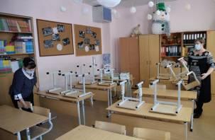 В России растет число школ, ушедших на карантин из-за коронавируса