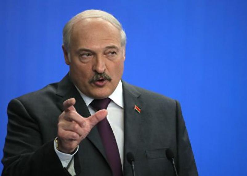 Лукашенко требует, чтобы Беларуси продавали газ по смоленским ценам
