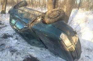 В Смоленской области иномарка «улетела» в кювет. Есть пострадавший