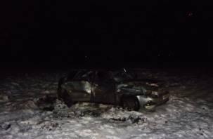 В Угранском районе девушка на Приоре вылетела в кювет. Пассажирка оказалась в больнице