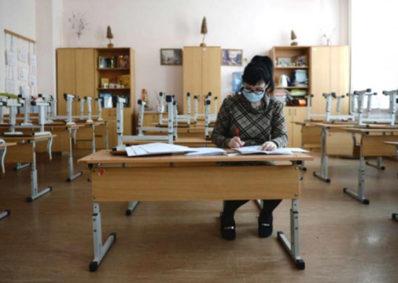 В смоленской школе полностью приостановлен учебный процесс