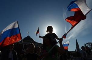 Жители России рассказали, чего ждут от 2019 года