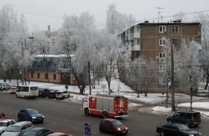 В Смоленске тушили пожар в девятиэтажке