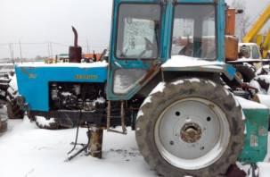 В Сычёвке с территории исчезли рельсы и части сельхозтехники
