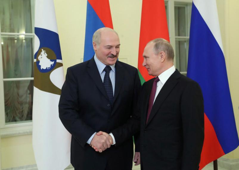 Переговоры Путина и Лукашенко в Сочи завершились газом