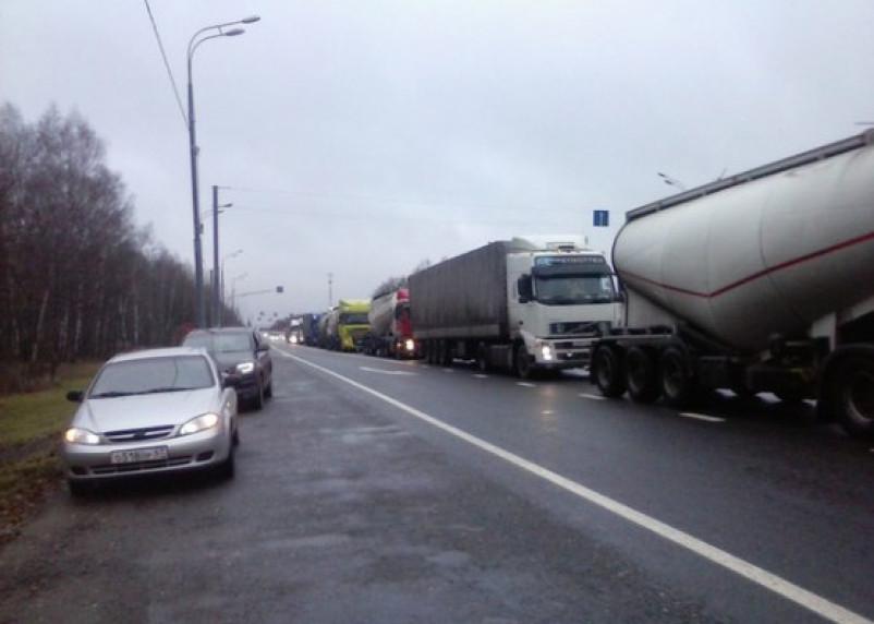 На трассе М1 в Смоленской области установлены пункты весового и габаритного контроля