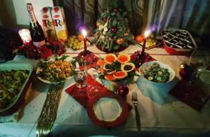 Ни в чем себе не отказывайте: Минздрав призвал россиян не ограничивать себя в еде в новогоднюю ночь