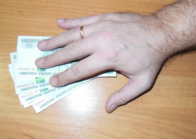 Средняя взятка на Смоленщине увеличилась в три раза