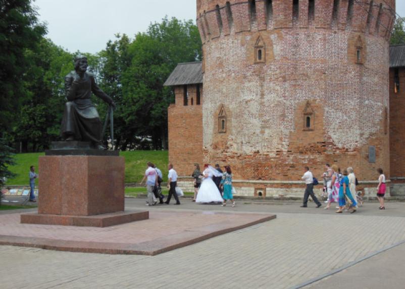 В каком возрасте россияне чаще всего вступают в брак